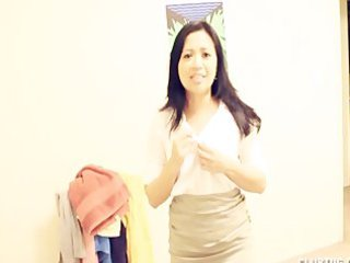 wonderful asian woman gives a awesome handjob