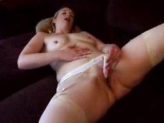 horny lady bed masturbation