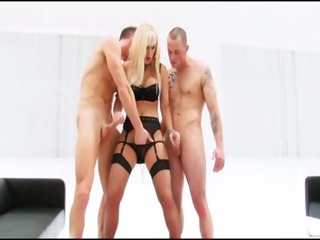 karlie simon woman and two penis