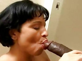 naughty milf like to fuck bbc