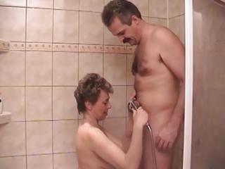 desperate milf in bath sex