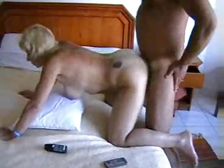 butt orgazm of a english home lady