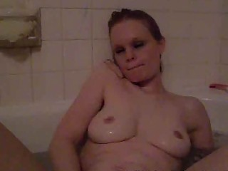 desperate lone milf pleasing inside the bathtub