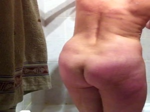 hidden cam nude wife inside the tub part2