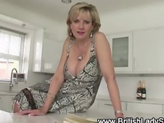 cougar girl sonia takes hot