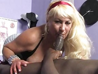 sporty bleached momma with huge boobs licks black