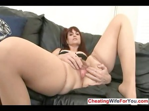 cougar wife plays