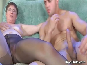 grown-up hooker taking that granny cunt part3