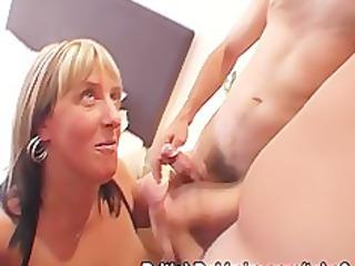 plump older  cock suckers inside pantyhose
