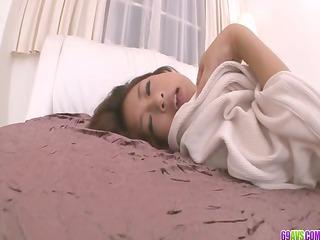 satomi suzuki?s rough milf cave creampied inside