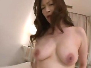 grownup japanese slut give horny2