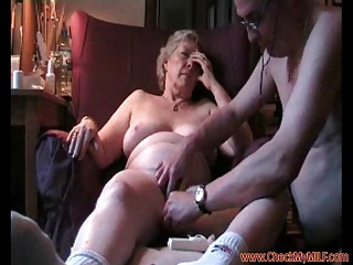 grownup lady banging her hubby - checkmymilf.com