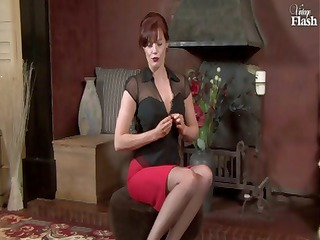redhaired mature lass inside dark pantyhose hand