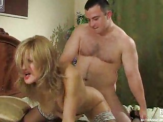 mature babe inside ebony stockings seduces a boy