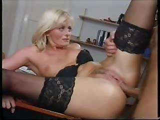 english albino arse woman ( 2 scenes )