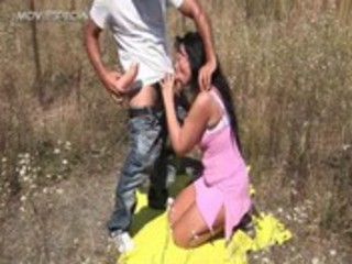 desperate mature babe gets fucked uneasy  outdoor