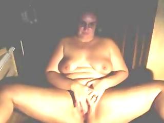 plump mature rubbing to an orgasm
