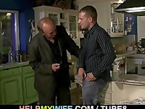 old hubby watches a guy bangs his amateur