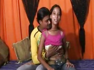 an 18 moment mumbai sweet chick doing porn with