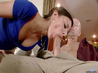 lean housewife comes house and blows lover
