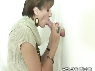 cuckold sees horny lady licking gloryhole dick